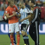Concussion experts rip FIFA over handling of Mascherano injury