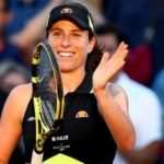 Johanna Konta reaches French Open fourth round for first time
