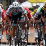 Tour de France 2019: Mike Teunissen wins stage one in Brussels