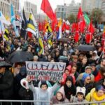 Moscow rally sees tens of thousands demanding Russian protesters' release
