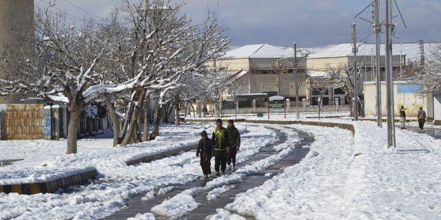 Heavy snowfall, rains and flash floods have left more than 50 dead in Pakistan and Afghanistan, officials said Monday.