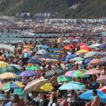 Thousands flocking to English beaches trigger 'major incident' response as coronavirus rules ignored