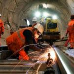 Crossrail needs extra £450m and delayed until 2022