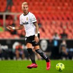 Man United linked with Valencia's Uros Racic