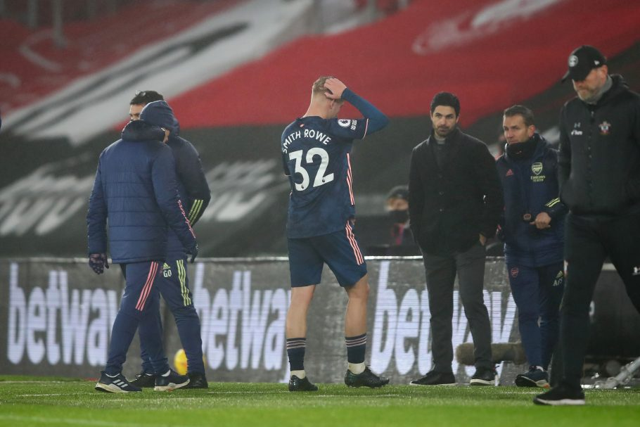 Arsenal's injury concerns mount as midfield pair limp out of Southampton clash