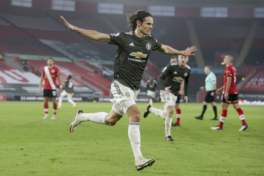 """Edinson Cavani returns for Manchester United as David De Gea misses out for """"personal reasons"""""""