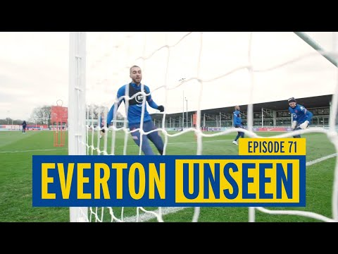 SHARP SHOOTERS! EVERTON WOMEN TRAINING GAME | WHICH TEAM WILL SCORE THE MOST GOALS?